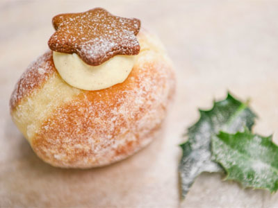 Eat Christmas pudding doughnuts picture