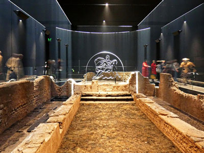 Worship at the Roman temple of Mithras image