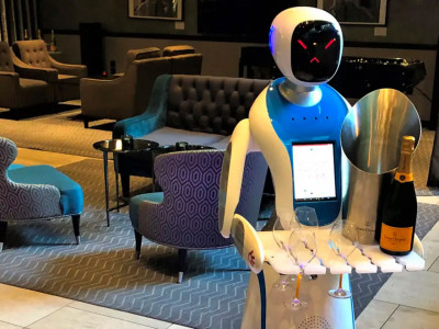 Drink champagne served by a robot image