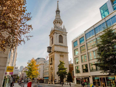 Visit St Mary le Bow Church: where the sound of the Bow Bells comes from image