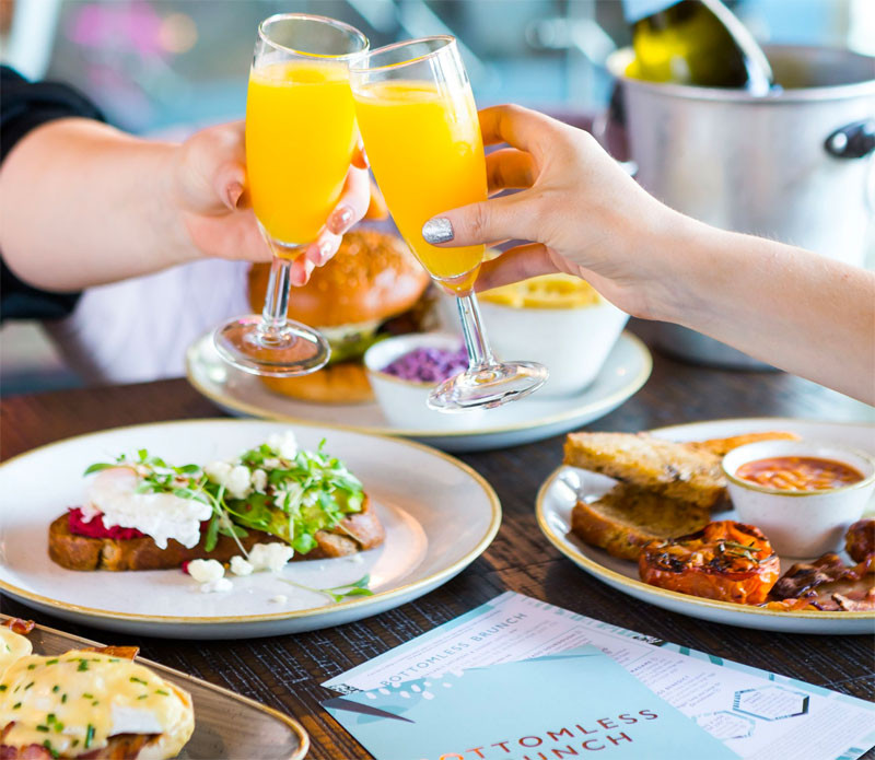 A Decadent Free-Flowing Fizz Brunch at Pitcher & Piano, Richmond picture